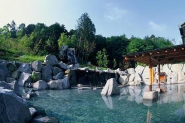 青山ガーデンリゾート ホテルローザブランカ 温泉施設・日帰り温泉などの情報満載!【ゆーゆ】