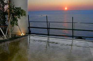 熱海温泉 KKRホテル熱海 ゆーゆ 温泉施設・日帰り温泉などの情報満載!