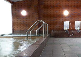 レイクホテル 西湖 温泉施設・日帰り温泉などの情報満載!【ゆーゆ】