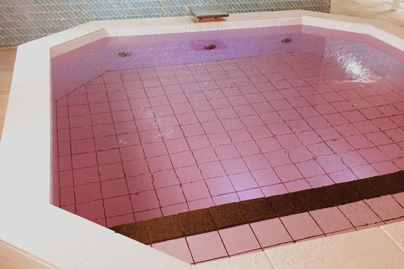 東京新宿天然温泉 テルマー湯 北欧サンゴライト化粧水風呂