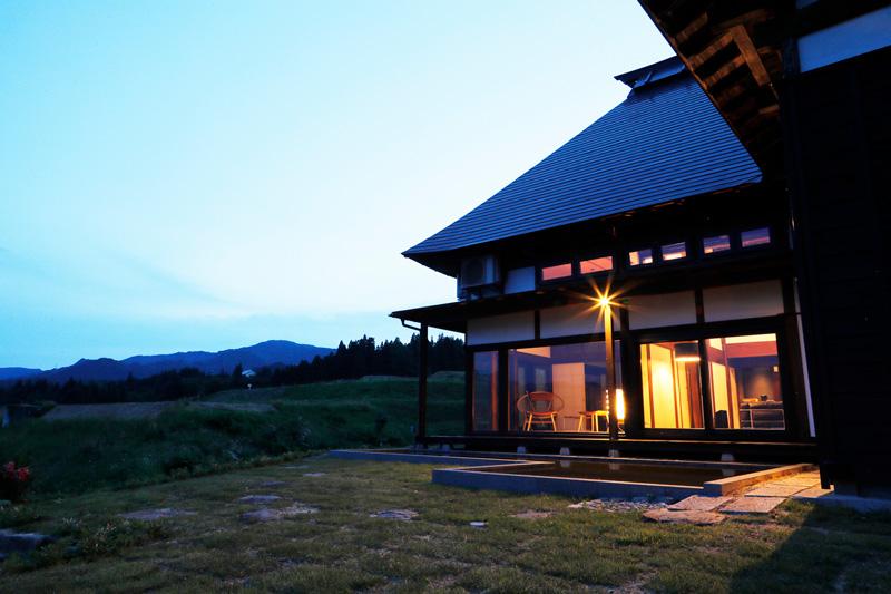 「里山十帖 THE HOUSE IZUMI」外観