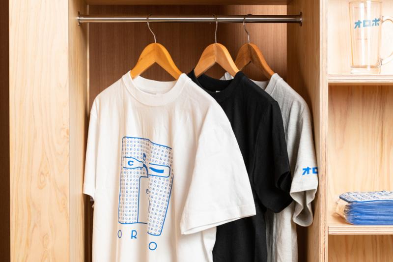 オロポTシャツ